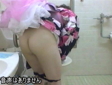 夏祭り会場の公衆トイレ盗撮 2