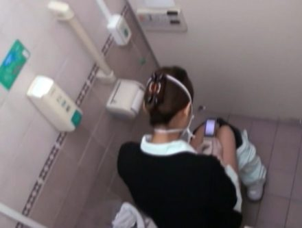 病棟内の女子職員トイレ盗撮