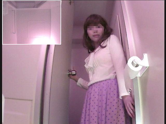 郊外アウトレットの従業員トイレ ⑤
